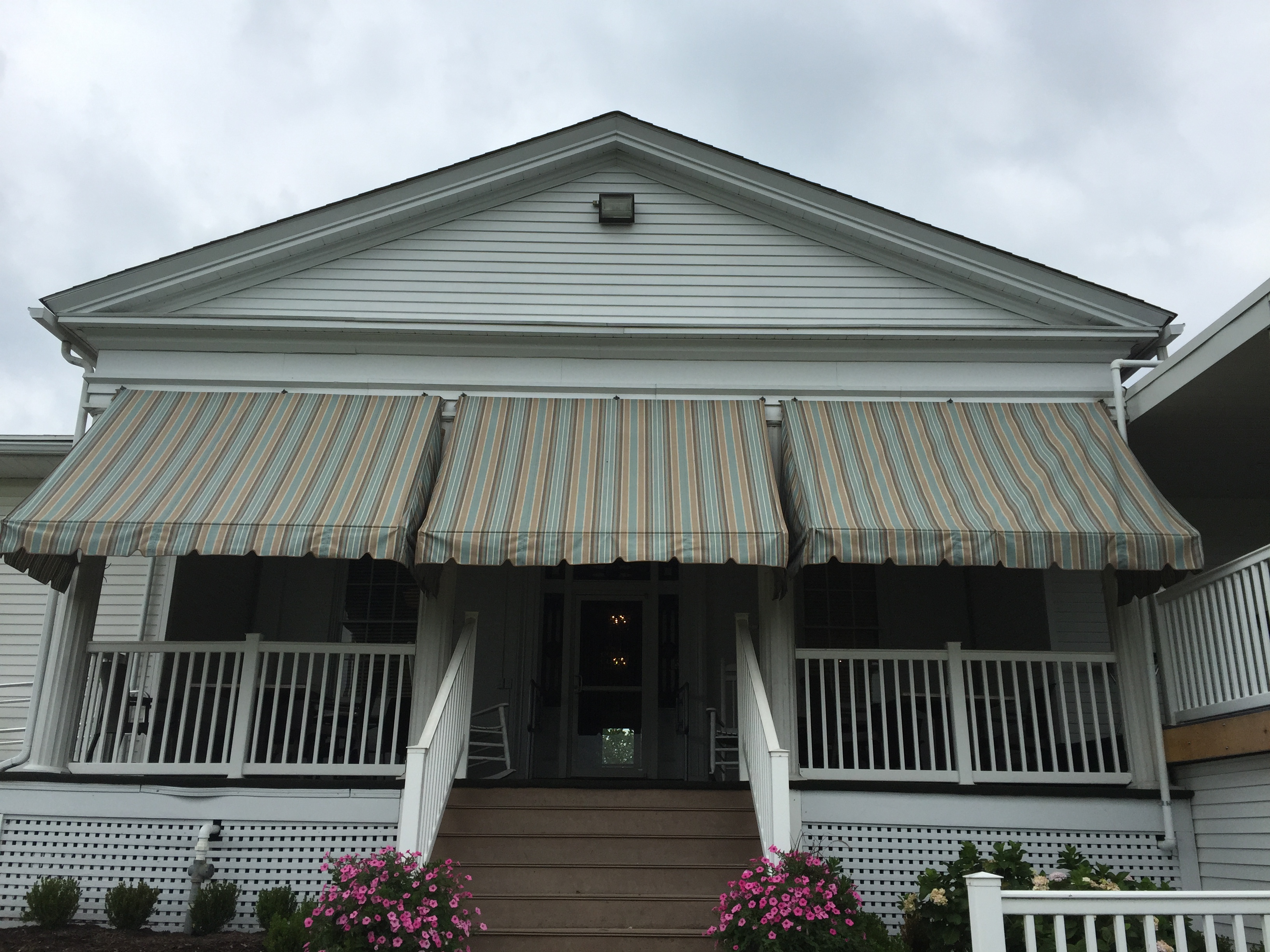 Country Canvas Awnings 040