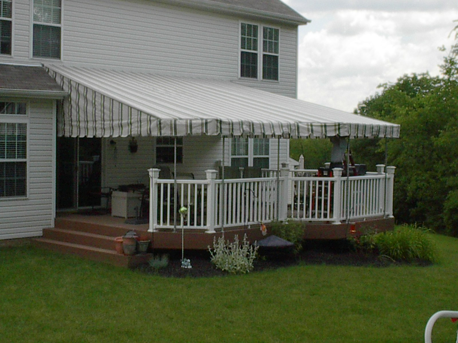 Country Canvas Awnings - IM000616